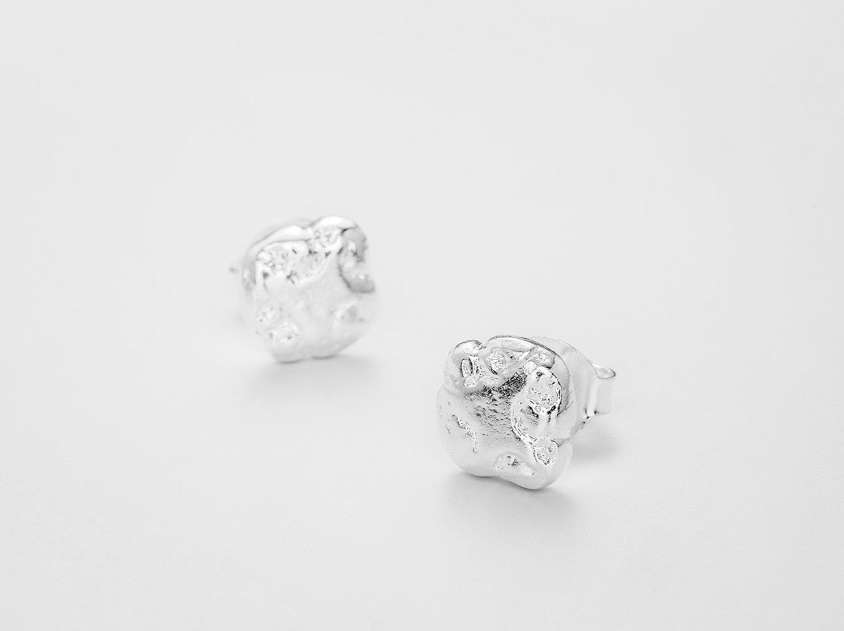 Pearl Of Sleep Earstuds - Bjørg Jewellery