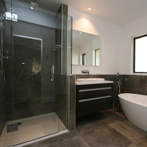 FRAMELESS GLASS SHOWER - SQUARE