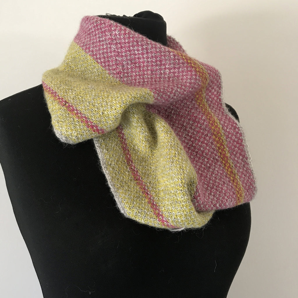 Summertime Cowl - A Summery Project