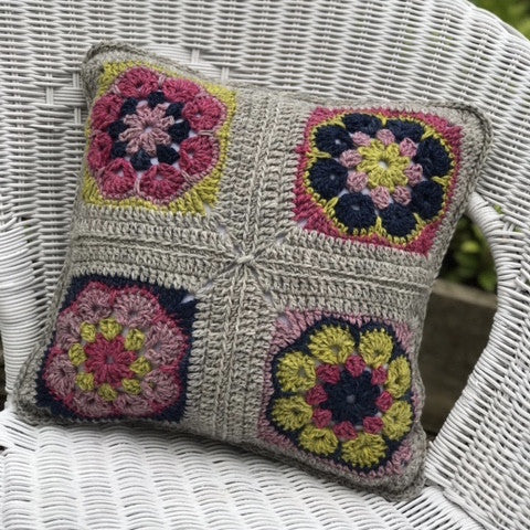 Crochet - Flower Power Cushion Workshop with Heike Gittins- 26th Oct 17