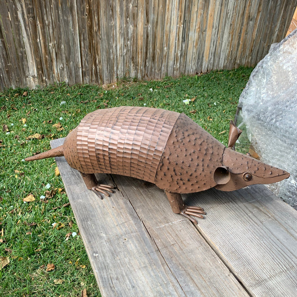 "30"" TEXAS FLAG ARMADILLO GARDEN ANIMAL SCULPTURE METAL DECOR ORNAMENT PATRIOTIC DECOR"