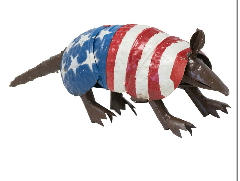 USA FLAG ARMADILLO GARDEN ANIMAL SCULPTURE METAL DECOR ORNAMENT DECOR