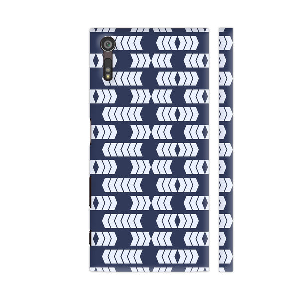 Arrow Border Repeating Pattern Xperia XZ / XZs Cover | Artist: Designer Chennai