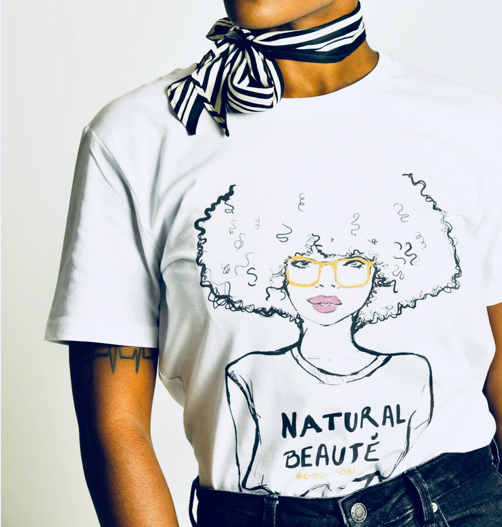 Natural Beauté | T-Shirt - Nicholle Kobi