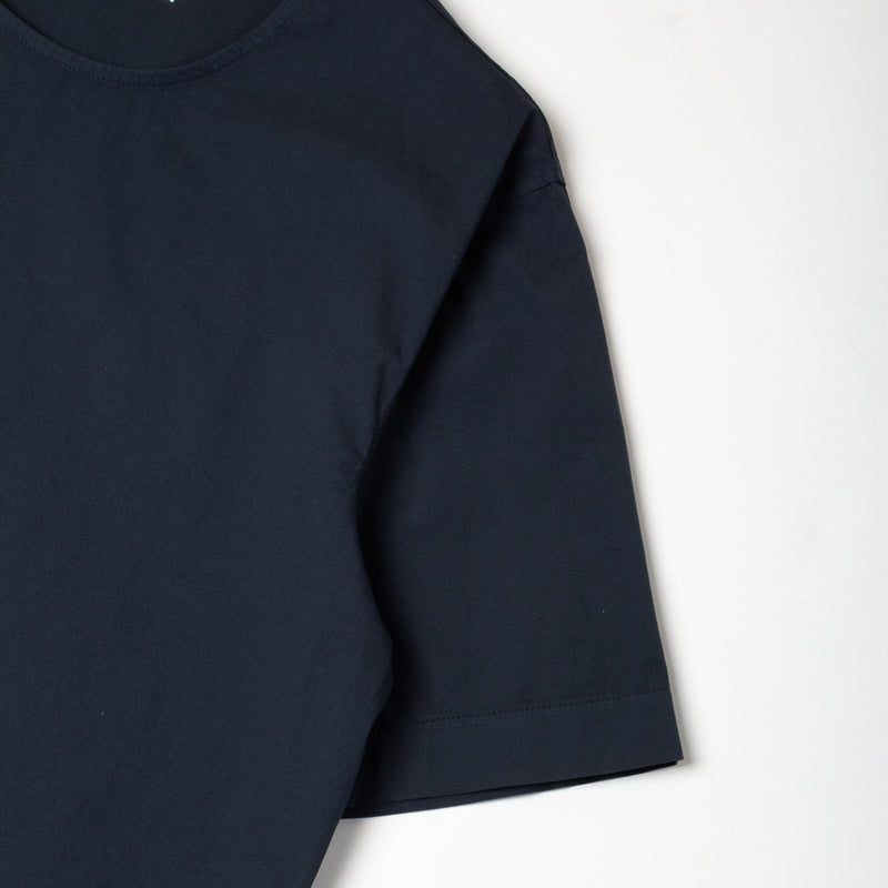 Caddy Tee In Navy Stretch Woven Cotton Shockcord sleeve Detail