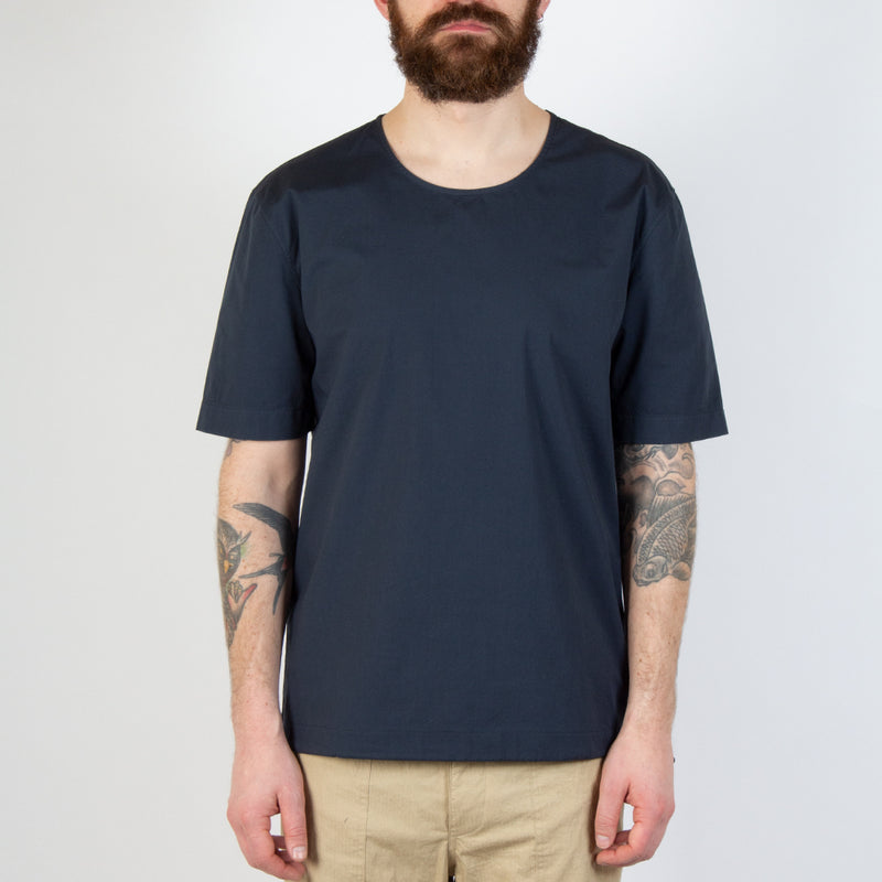 Kestin Hare Caddy Tee Navy Stretch Woven Cotton worn