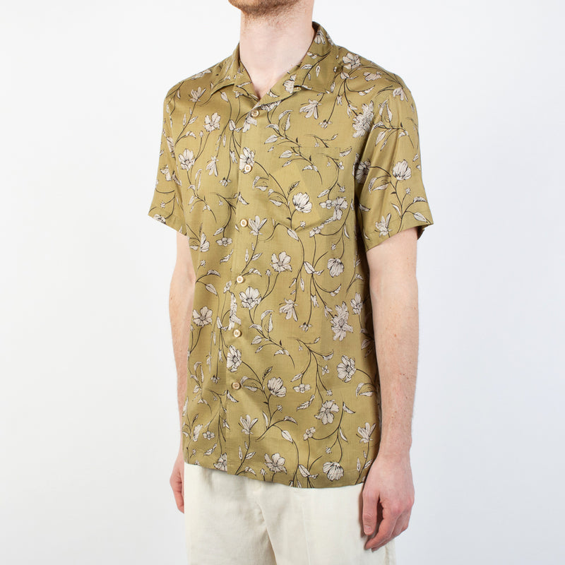 Kestin Hare Crammond Shirt In Olive Floral Print Tencel worn side view