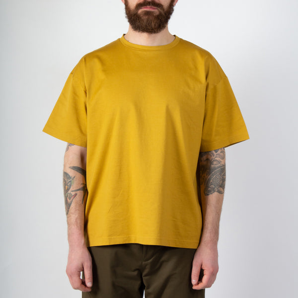 Kestin Hare Fly Tee Orange Whisky Cotton Jersey worn