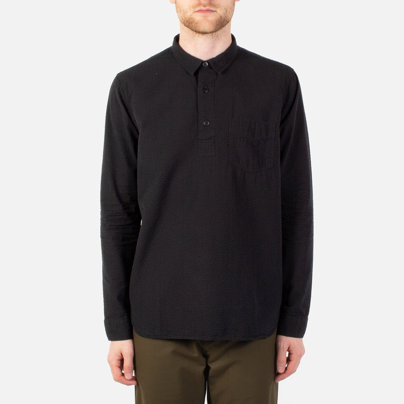 Kestin Hare Granton Shirt Black Seersucker Cotton worn