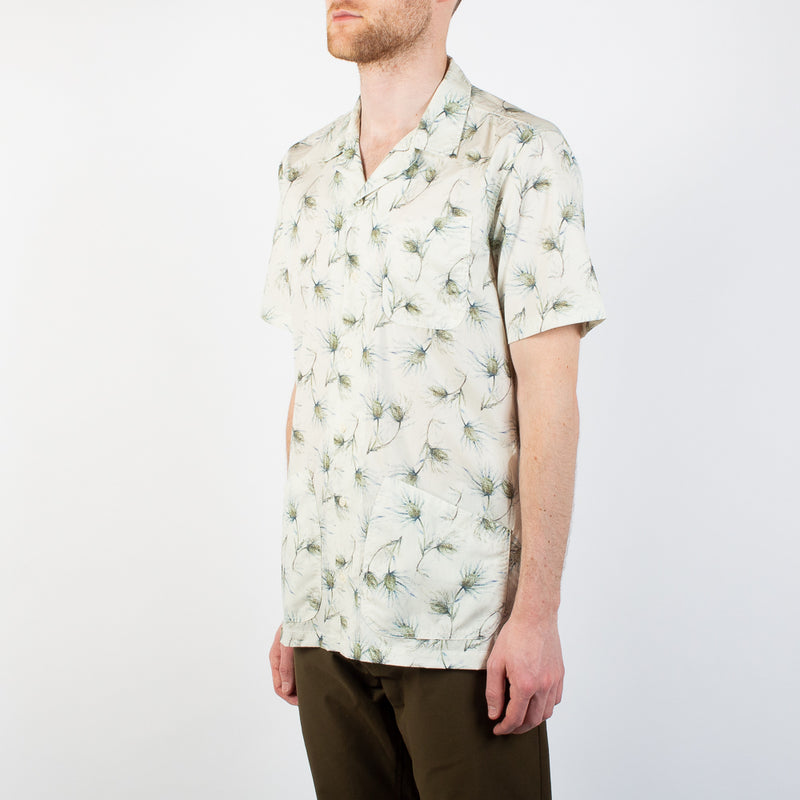 Kestin Hare Seacliff Shirt Printed Cotton Poplin worn side view
