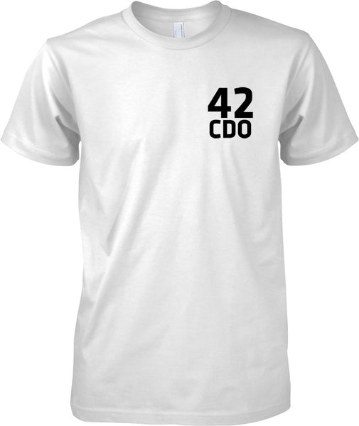 Licensed MOD -  Royal Marines 42 Cdo - Text - Mens Chest Design T-Shirt