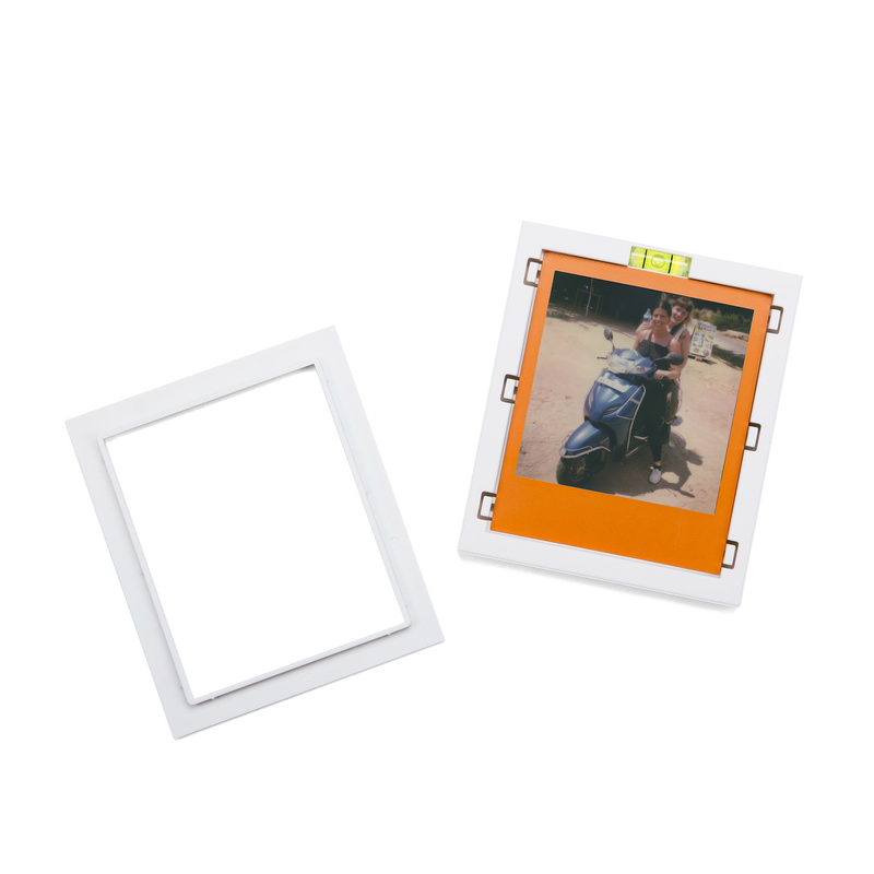 White Magnetic Polaroid Picture Frames mechanism