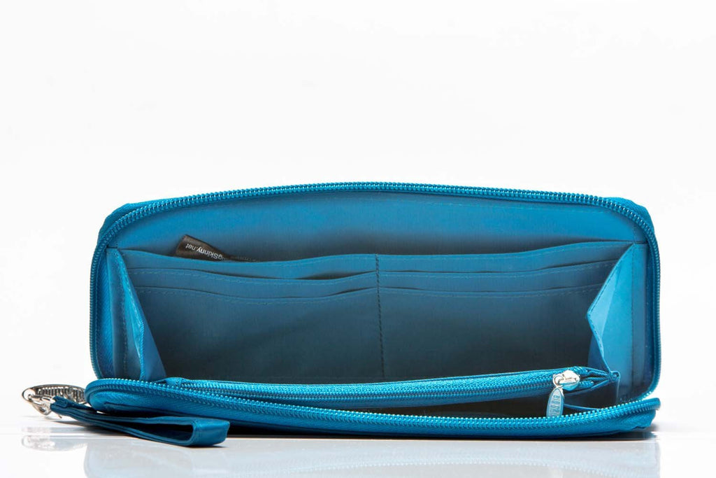 Panther Clutch Ocean Blue