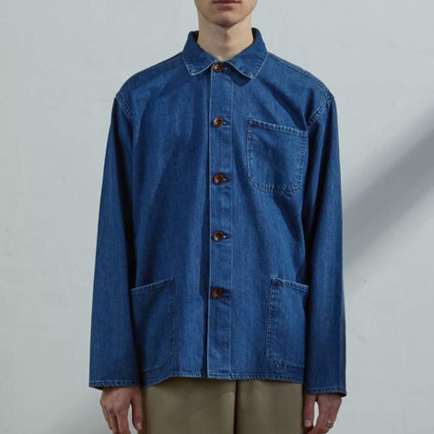 Buttoned work shirt washed denim
