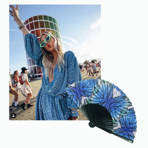 Instagrammer @minimalmajor wearing blue sparkly dress at Coachella with Khu Khu Blu Lyca hand-fan