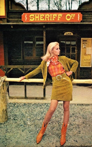 1966 Photo of Samantha Jones in some of the brilliantly coloured Western boots, shorter-than-ever skirts in rough suede, ruffled cottons, silver buckles and stetsons of the new Western Look and Willy Rizzo photographed them in La Vallée des Peaux Rouge and at the River Ranch. Fashion chosen by Cherry Twiss.