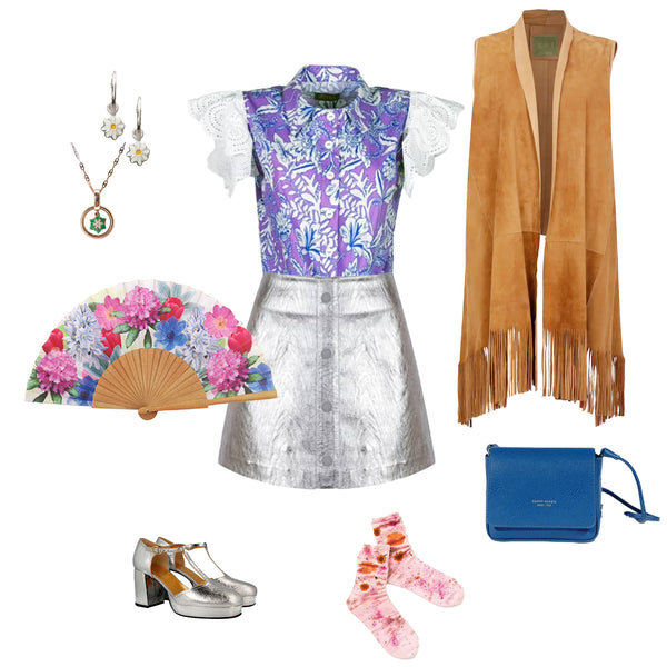 The Khu Khu Spring Hand-fan with other items for a night out 60's 70's style
