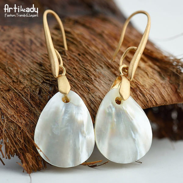 Lost In Paradise NaLost In Paradise Natural Luminous SheLost In Paradise Natural Luminous Shell Drop Earringsll Drop Earringstural Luminous Shell Drop Earrings
