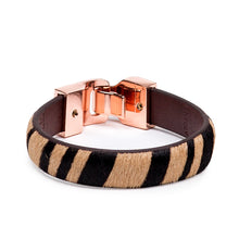 Load image into Gallery viewer, Linea Pelle Hook Closure Bracelet in Tiger