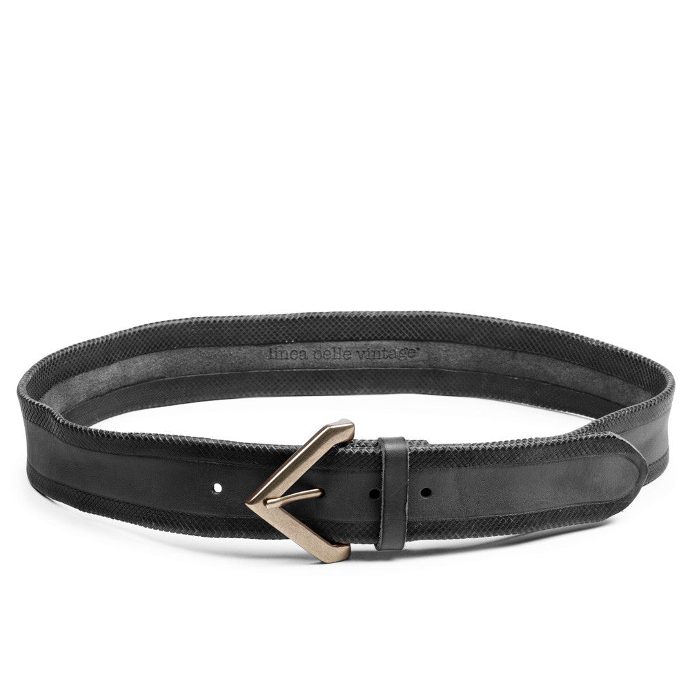 Linea Pelle Crosshatch Hip Belt in Black
