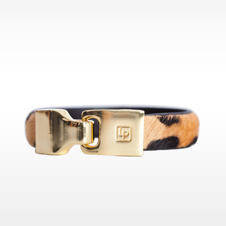 Linea Pelle Hook Closure Bracelet in Cheetah