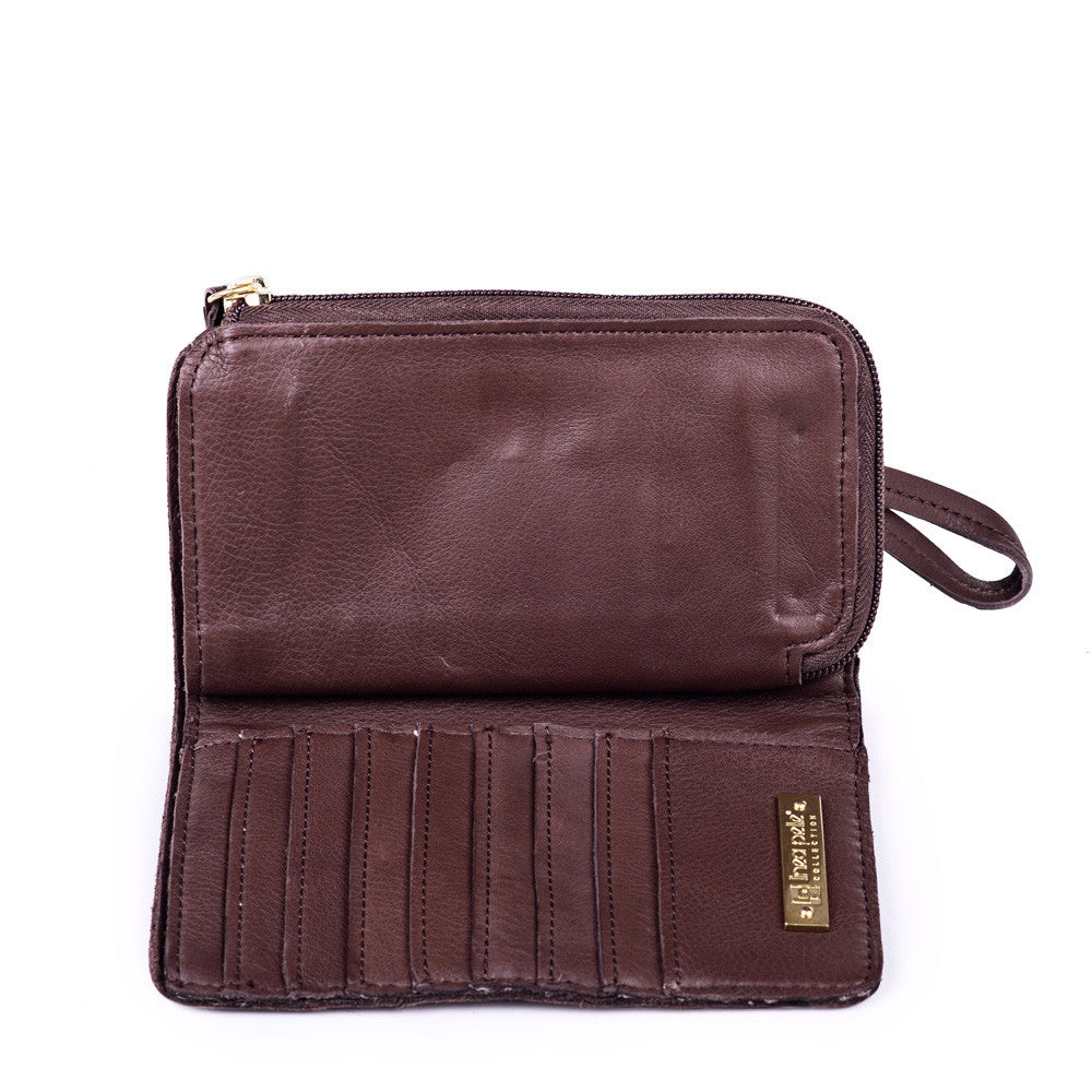 Linea Pelle Snap Wallet in Chocolate
