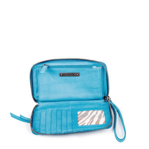 Linea Pelle Walker Wallet in Washed Turquoise