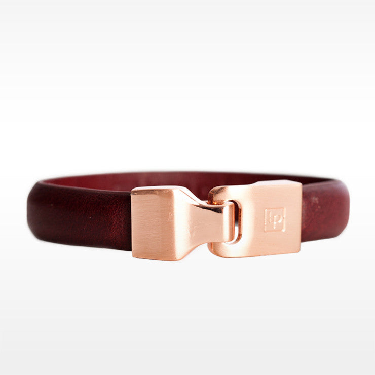 Linea Pelle Hook Closure Bracelet in Bordeaux