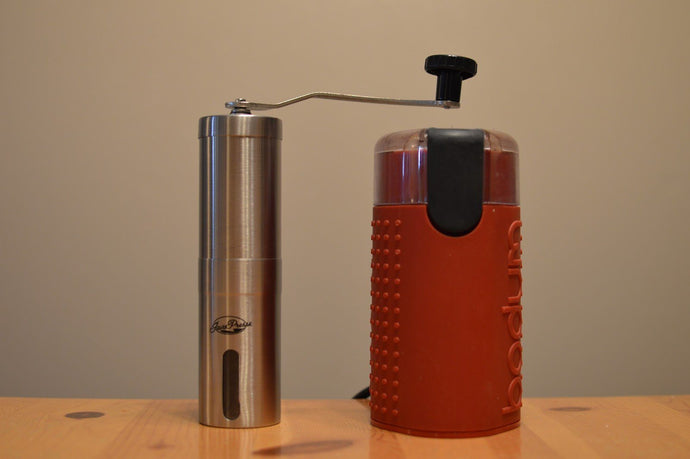Blades VS Burrs: What Is the Best Type of Coffee Grinder?