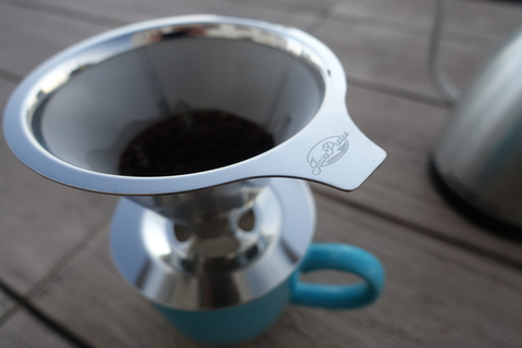 Manual coffee brewers are eco-friendly