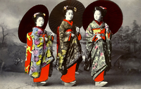 old geisha pictures, from hauteculturefashion.com travelblog 2016