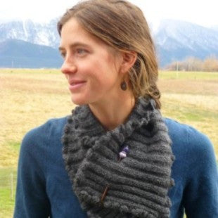 Alpaca Ruffled Neck Warmer Pattern
