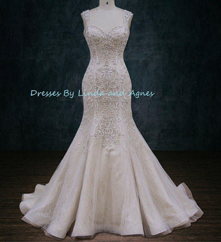 Wedding dress with cap sleeves backless beading mermaid trumpet