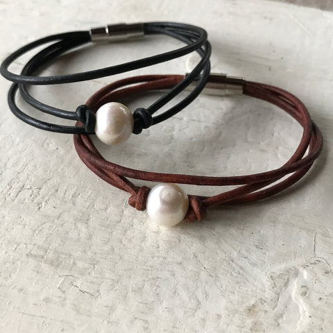 Payton Leather Bracelet | Single Pearl