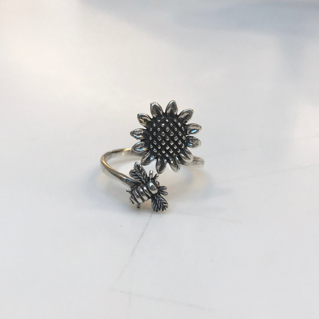 Sunflower and Bee Ring
