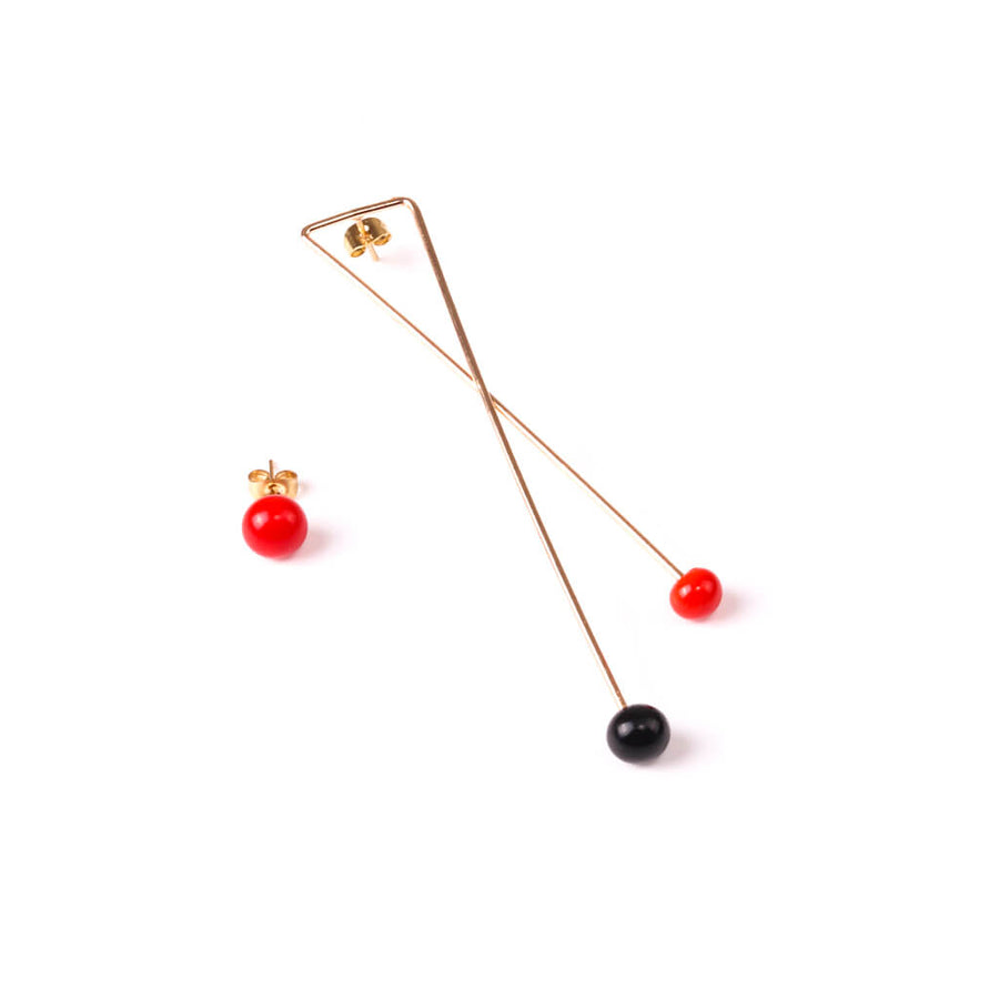 Centouno Statement Earrings Red & Black