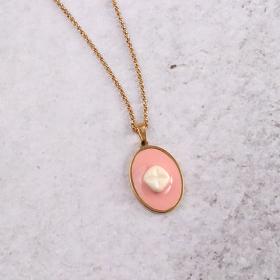 Meaty Bling Cameo Necklace Single