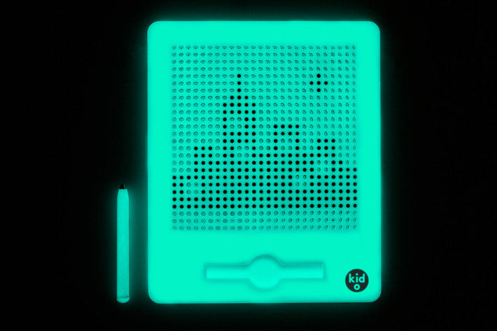 Jumbo Glow-in-the-Dark Magnatab from Kid O