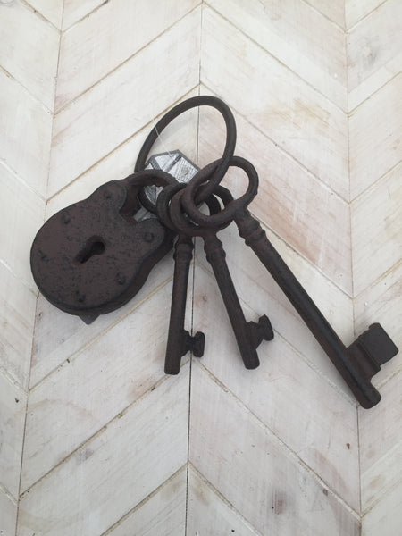 Cast Iron Key & Padlock Set