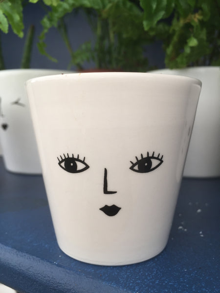 Pots with character Face Plant Pot