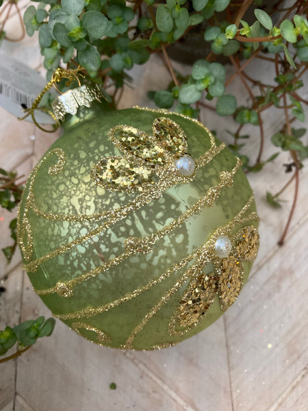 Vintage inspired Green & Gold Bauble