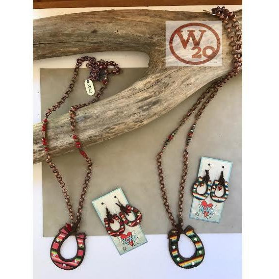 Red or Green Serape Horseshoe Chain Necklace - West 20 Saddle Co.