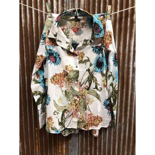 Montana Co Womans Button Down Floral Top with Rodeo Patch