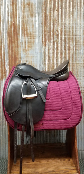 "18"" Kieffer DL Pro Dressage Saddle (Gently Used)"