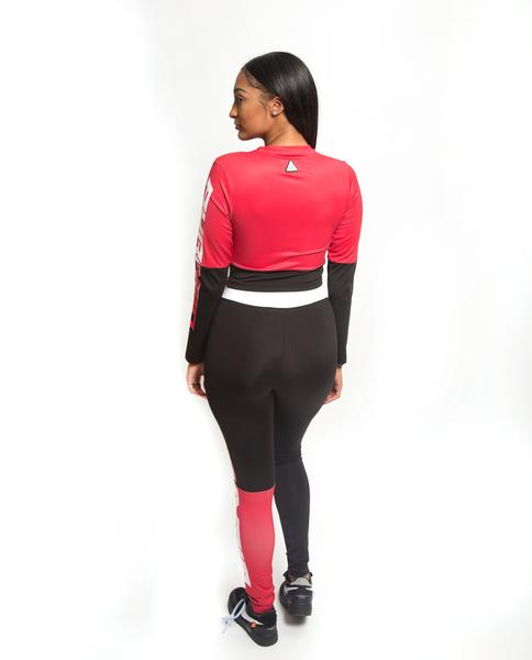 WOMENS SPLIT LOGO CORE TOP-COLOR: RED