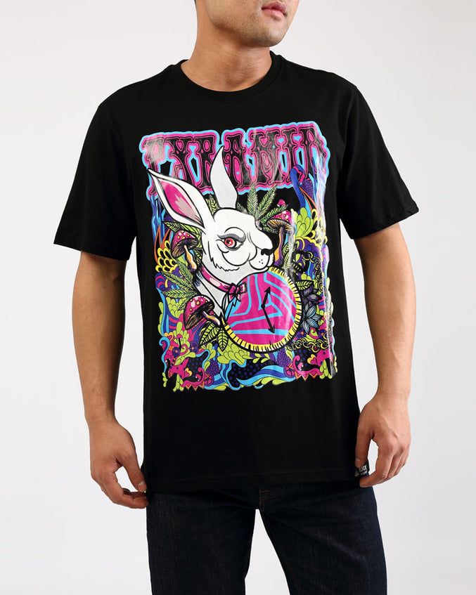 BIG AND TALL HARE TEE-COLOR: BLACK