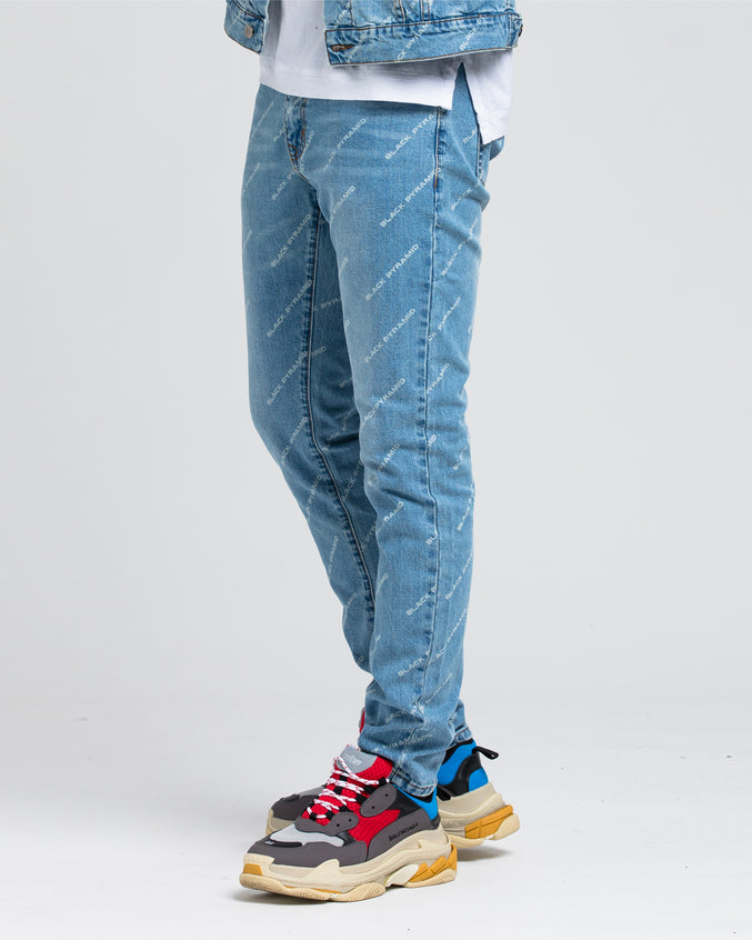 Black Pyramid Denim - Color: LIGHT WASH