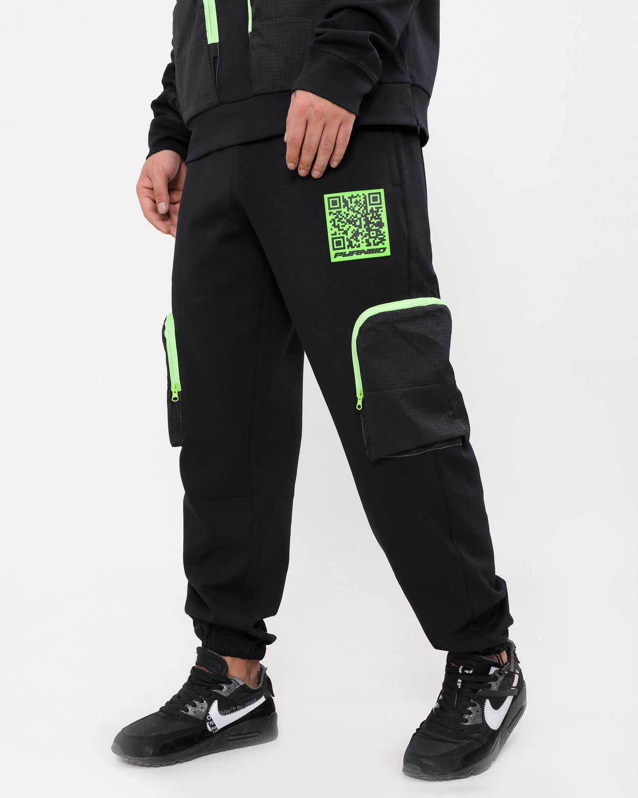 QR CODE PANT-COLOR: BLACK
