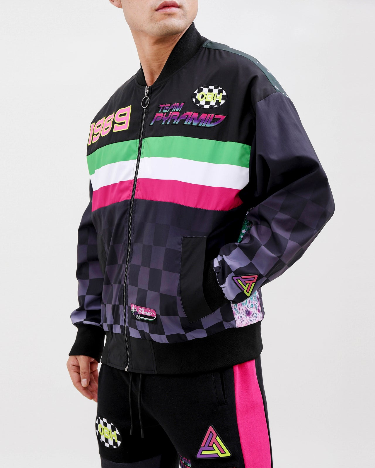 TEAM PYRAMID BOMBER JACKET-COLOR: BLACK