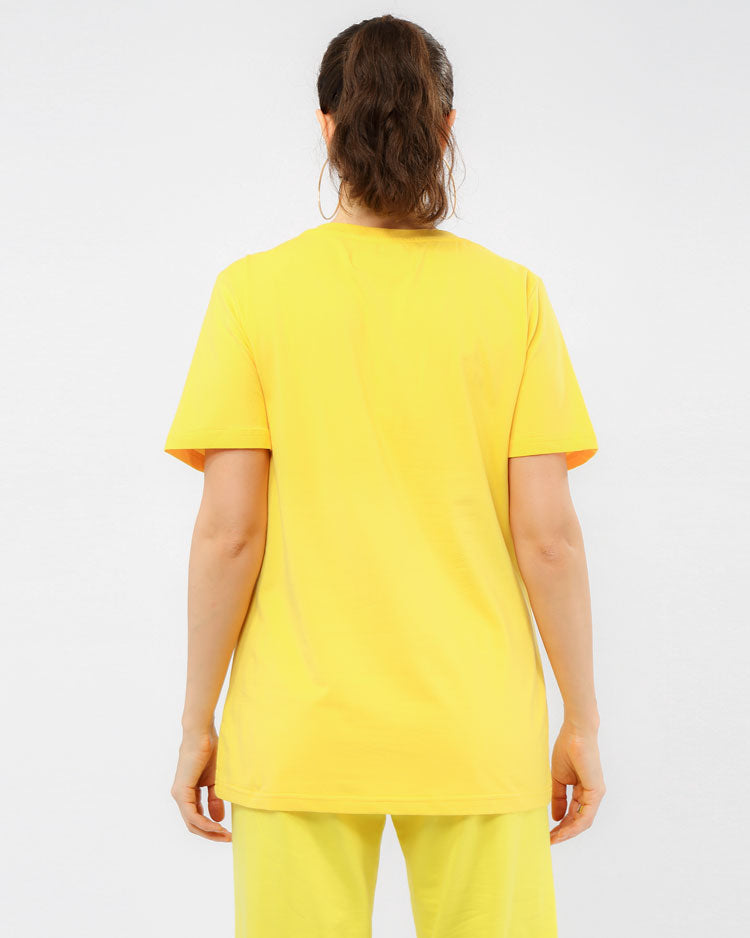 WOMEN CORE 3D RUBBER PATCHSHIRT-COLOR: YELLOW